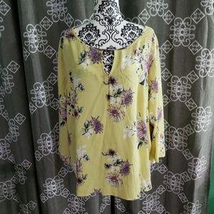 Papermoon V neck- V back blouse